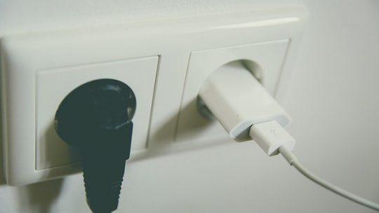 Comment choisir les prises électriques de votre maison ?